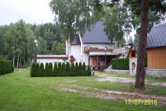 Chata - vchod na střelnici