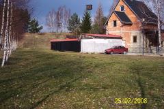 25. 2. 2008 - Prostranství před chatou. Příprava stavby kulového střeliště na 100m -vlevo