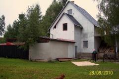 28. 8. 2010 - Nátěr fasády  a úklid lešení