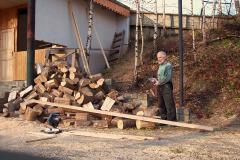 3. 10. 2010 - Dřevěné obklady šopy na palivo